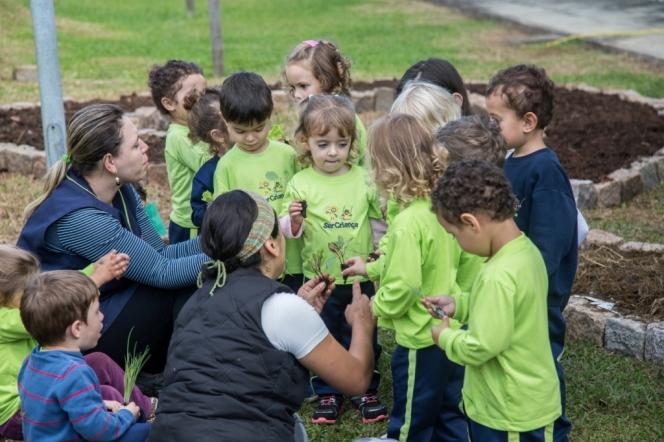 Permacultura na Escola Ser Criança em Campo Largo –Paraná